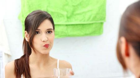 Nước súc miệng giúp làm giảm lượng vi rút SARS-CoV-2