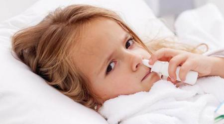 Xịt mũi nhiều có tốt không: Câu trả lời khiến nhiều người giật mình